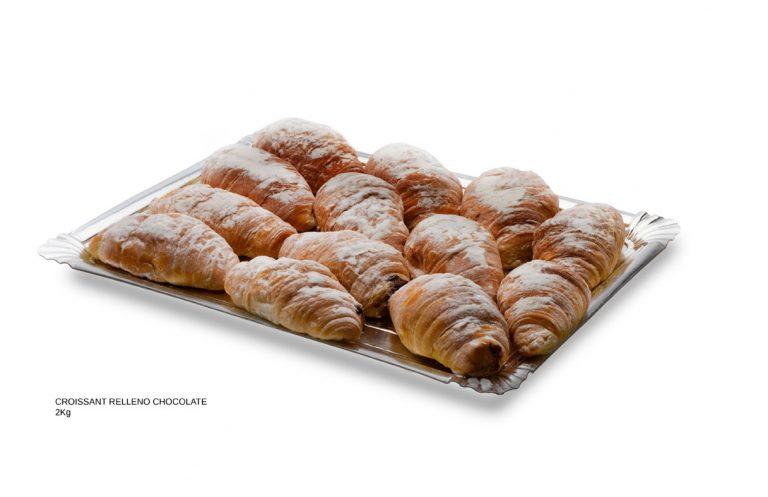 Croissant relleno de chocolate dulces caseros Cuenca Málaga
